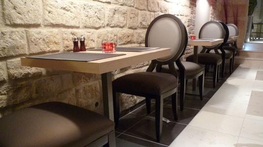 mobilier restaurant professionnel revia multiservices. Black Bedroom Furniture Sets. Home Design Ideas