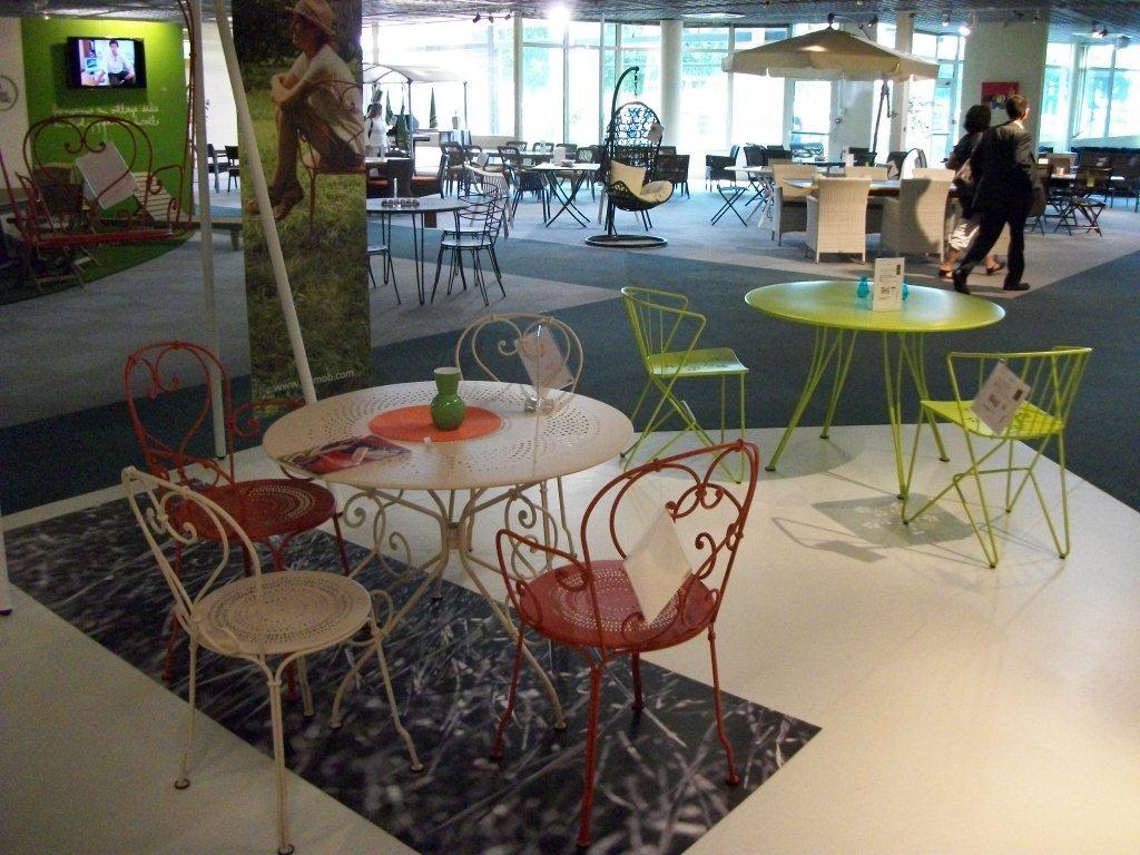 awesome salon de jardin aluminium fermob contemporary. Black Bedroom Furniture Sets. Home Design Ideas