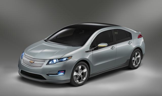 future voiture hybride rechargeable revia multiservices. Black Bedroom Furniture Sets. Home Design Ideas