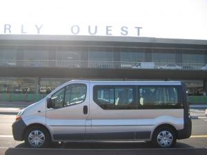 minibus 8 places occasion revia multiservices. Black Bedroom Furniture Sets. Home Design Ideas