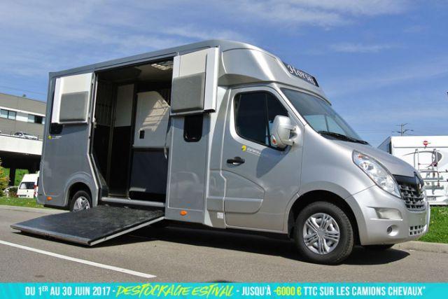 location de van pour chevaux dans le nord revia multiservices. Black Bedroom Furniture Sets. Home Design Ideas