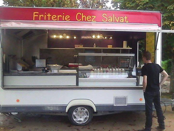 Camion restaurant ambulant occasion